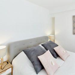 Détails chambre rose Villa Garance par Villa Caroline à Arcachon