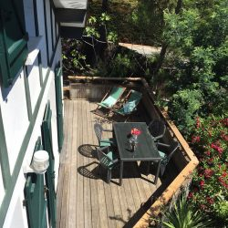Vue sur la belle terrasse de la Villa Basque, Villa Caroline au Cap Ferret