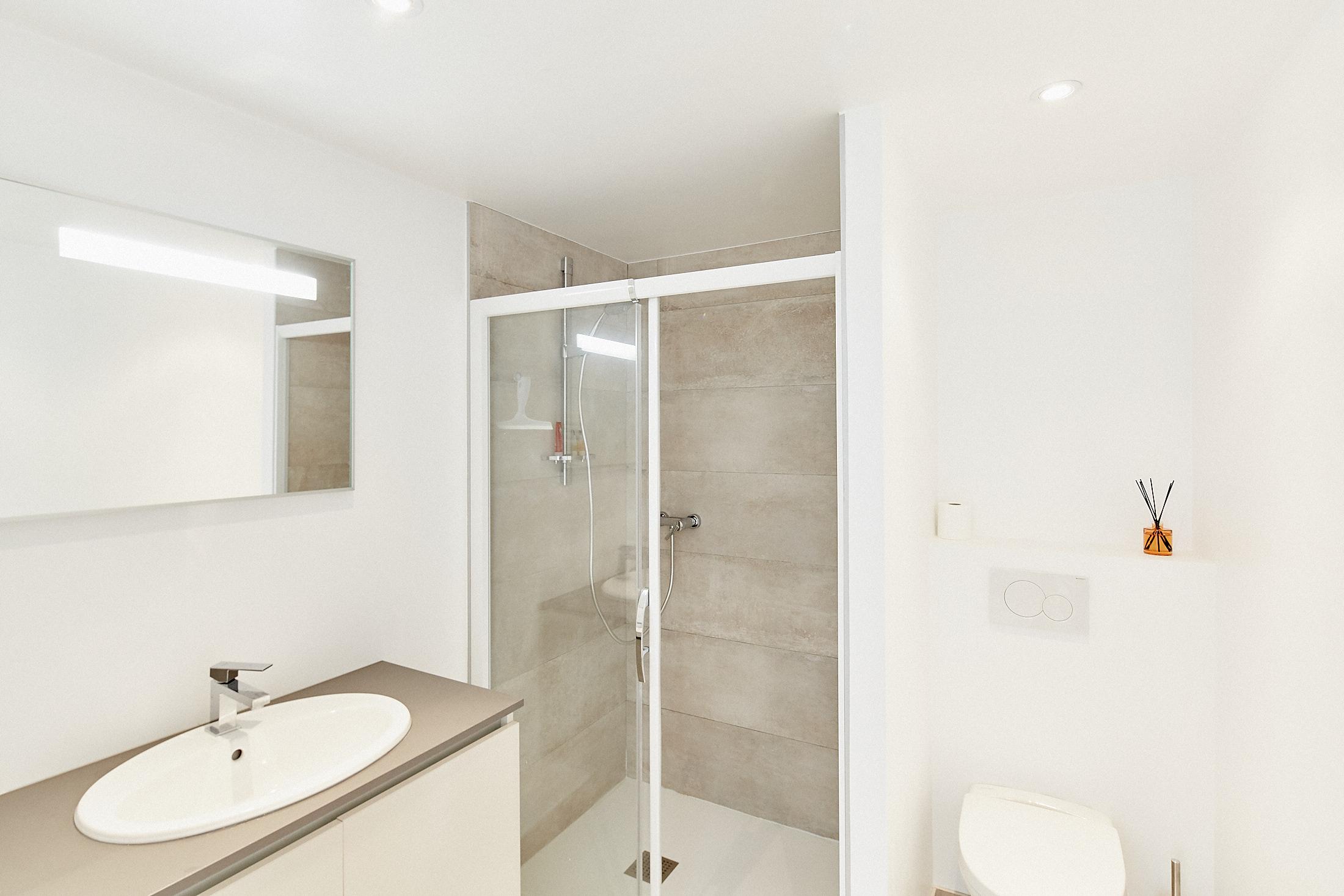 Salle D Eau Parentale salle-d-eau-chambre-parentale-ville-garance-arcachon – villa